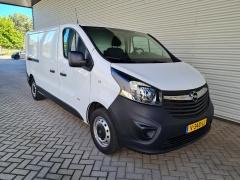 Opel-Vivaro-8